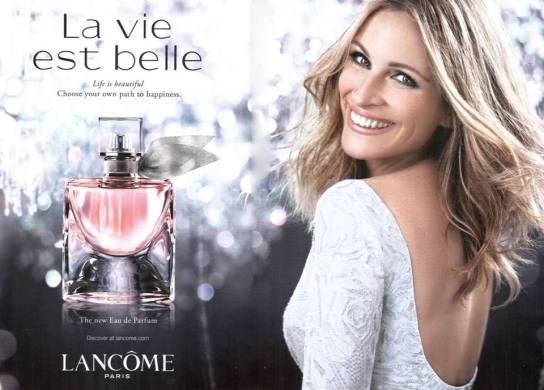 Julia Roberts - Long Sleeve White Fully Beaded Dress - MIKAEL D for PAVONI FW 12 13 collection for the Lancôme La Vie Est Belle perfume International Campaign